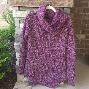 Lightly worn Rue21 purple & white acrylic sweater